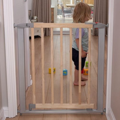 CLIPPASAFE 132 Extendable Swing Shut Gate (Metal + Wood) Drošības vārtiņi, CL1320