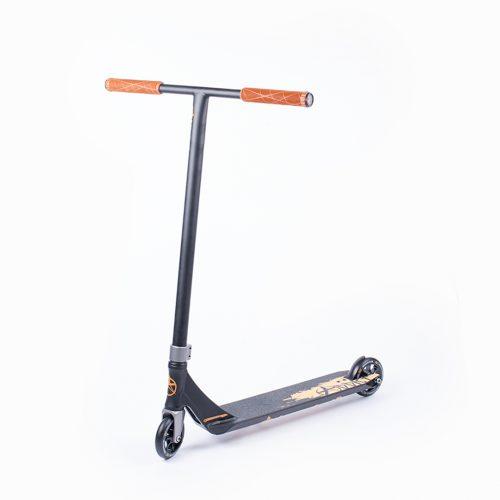 Addict Complete Defender triku skūteris – oranžs