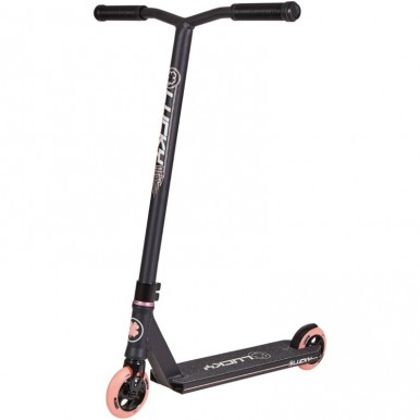 Lucky Crew 2019 Pro triku skrejritenis melns ar rozā riteņiem